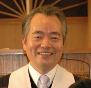 담임목사 김기웅
